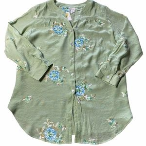 Fig and Flower Embroider Tops/Blouse NWT